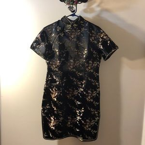 Dresses & Skirts - ⭐️New Beautiful Chinese Dress black and floral 🌼